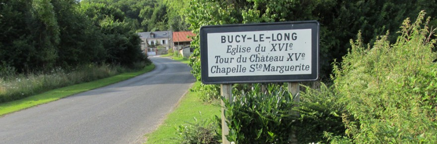 Entrée du village de Bucy-le-Long